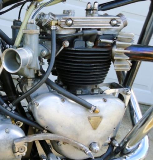 Moteur Triumph Pré-Unit équipé de pièces spéciales Webco.