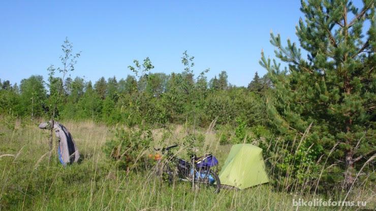Держа с палаткой