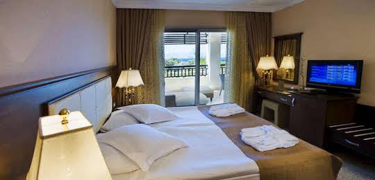 Latanya Park Resort All Inclusive