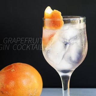 A Grapefruit Bitter Gin Cocktail