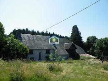 maison à Rochefort-Montagne (63)