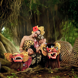 affection by Widia Widana - People Family (  )