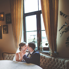 Wedding photographer Elena Khmelyuk (elenahmelyuk). Photo of 22.04.2016