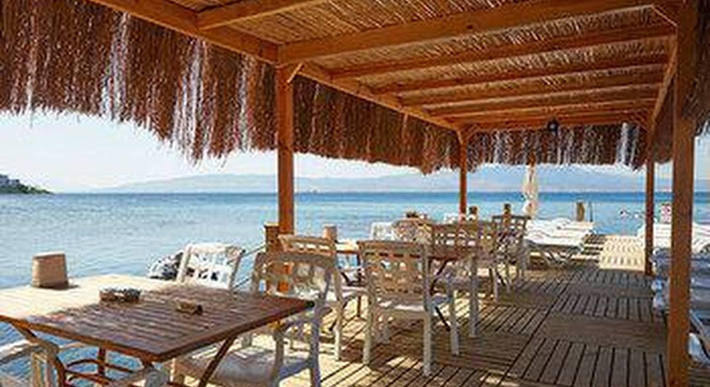 Meteor Beach Hotel