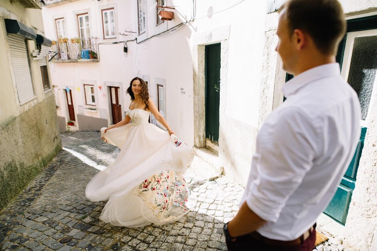 напоминает свадебные фотографы в португалии дорогах особенно зимой