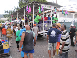 Photo: Invaders Steelband, Jouvert