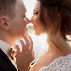 Wedding photographer Katya Nikolaeva (katenikolaeva). Photo of 19.12.2016