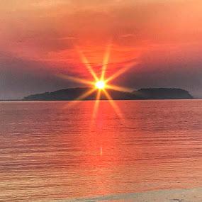 Starburst  by Ann Goldman - Landscapes Sunsets & Sunrises ( bayside, sunset, starburst, hull, water )