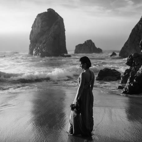 Wedding photographer Vladimir Brynzar (AndreNikita). Photo of 09.12.2017