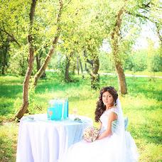 Wedding photographer Alena Chumara (Prickle). Photo of 16.11.2014