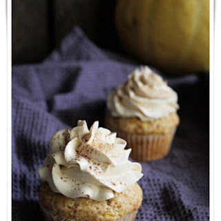 Pumpkin Muffins with Pumpkin Cinnamon Frosting