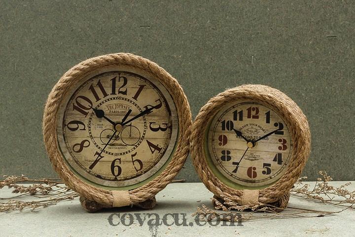 Một chút mộc mạc pha lẫn nét cá tính, chiếc đồng hồ quấn thừng cũng là một thiết kế được ưa chuộng