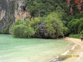 Photo: Railay East Beach - rechts hinten gibt es einen sehr schönen Durchgang zum Phra Nang Beach