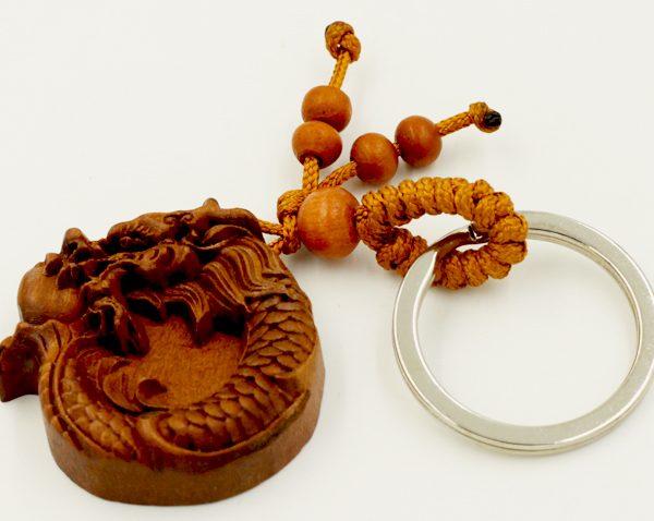 Nên chọn những loại dây treo có linh vật hợp với bản mệnh