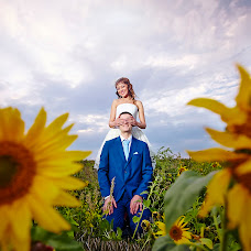 Wedding photographer Roman Lakeev (lacheev). Photo of 15.01.2014