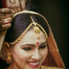 Wedding photographer Saikat Sain (momentscaptured). Photo of 01.06.2017