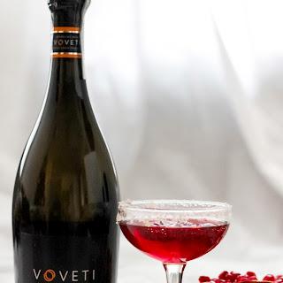 Sparkling Pomegranate Ginger Prosecco Cocktail Recipe