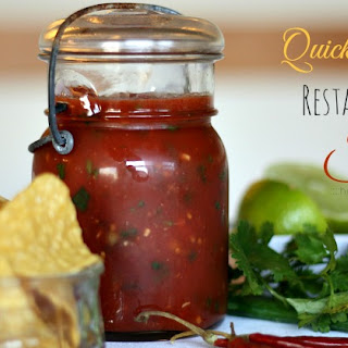 Quick and Easy Restaurant Style Salsa.