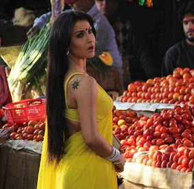 Elli Avram in yellow saree, Elli Avram in Micky Virus movie