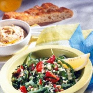 Rucolasalat mit Bulgur & Tomate