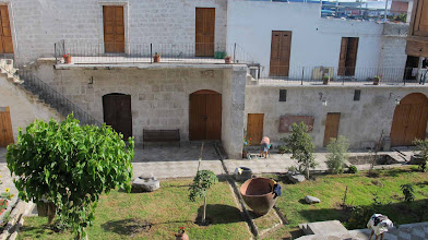 Photo: Tambo La Cabezona. Patio. Tecnicamente este patio es una calle pero cerrada por las construcciones
