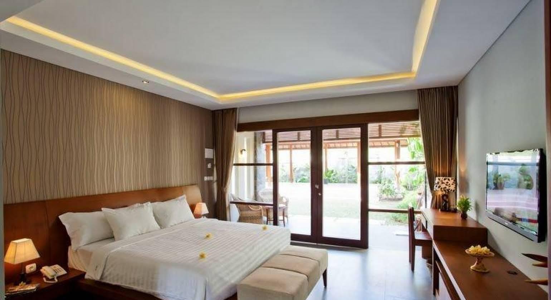 The Astari Villa and Residence