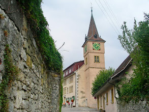 Photo: Visite du bourg de Cerlier et son vieux collège