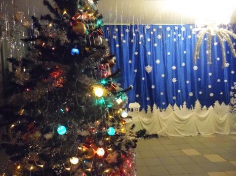 \\ТЕХНИК-ПК\local_trash\школьные фотографии\16-17\27. Новый год\6-7\SAM_3283.JPG