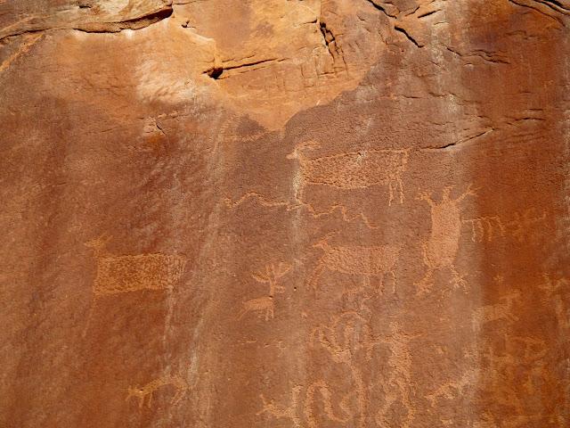 Ernie Canyon petroglyphs