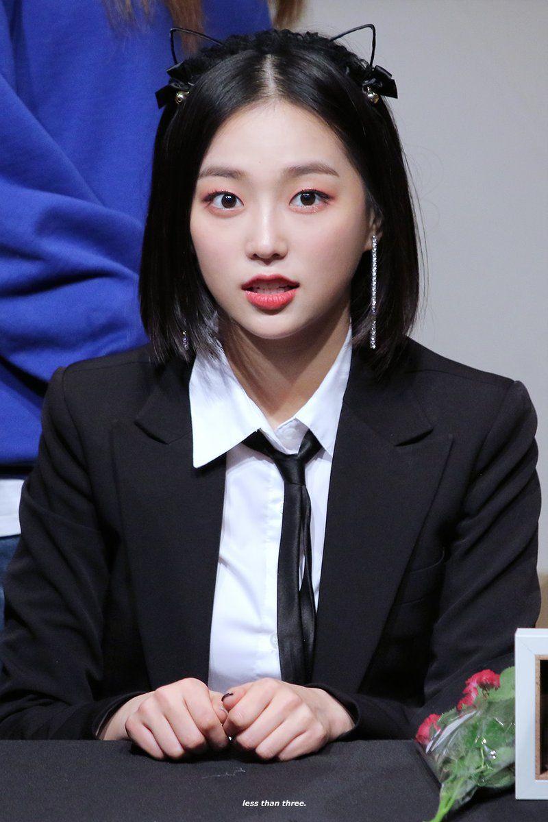 yeeun suit 14