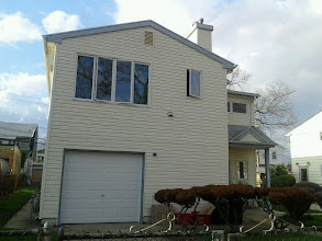 Photo: House with old ugly siding Long Beach NY (that's what the owner said)