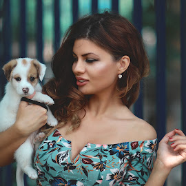 Jovana i Hans by Dragana Trajkovic - People Portraits of Women ( woman, nature, portrait, girl, people, dog,  )