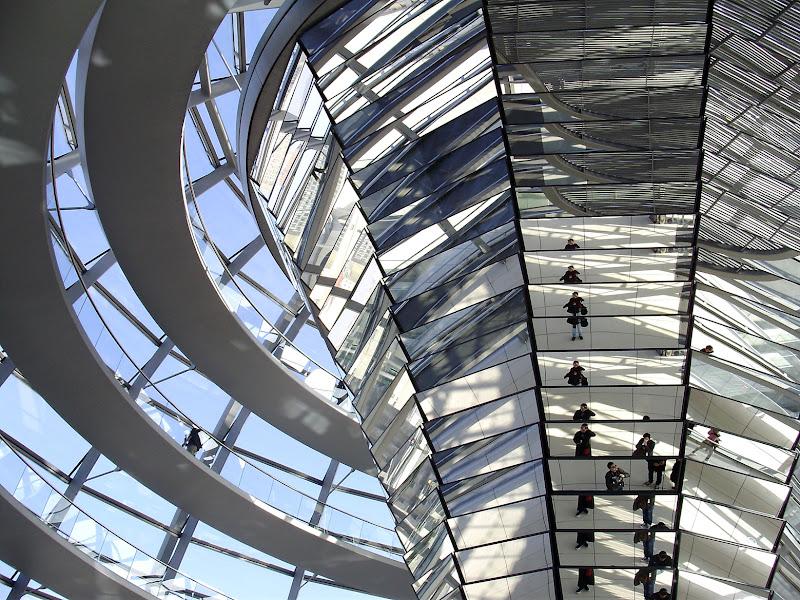 L'architettura e i suoi giochi di luce di ChiaraFreschi