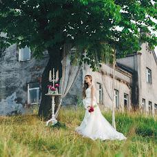Wedding photographer Yuliya Semenenya (yapodsolnechnay). Photo of 20.08.2015