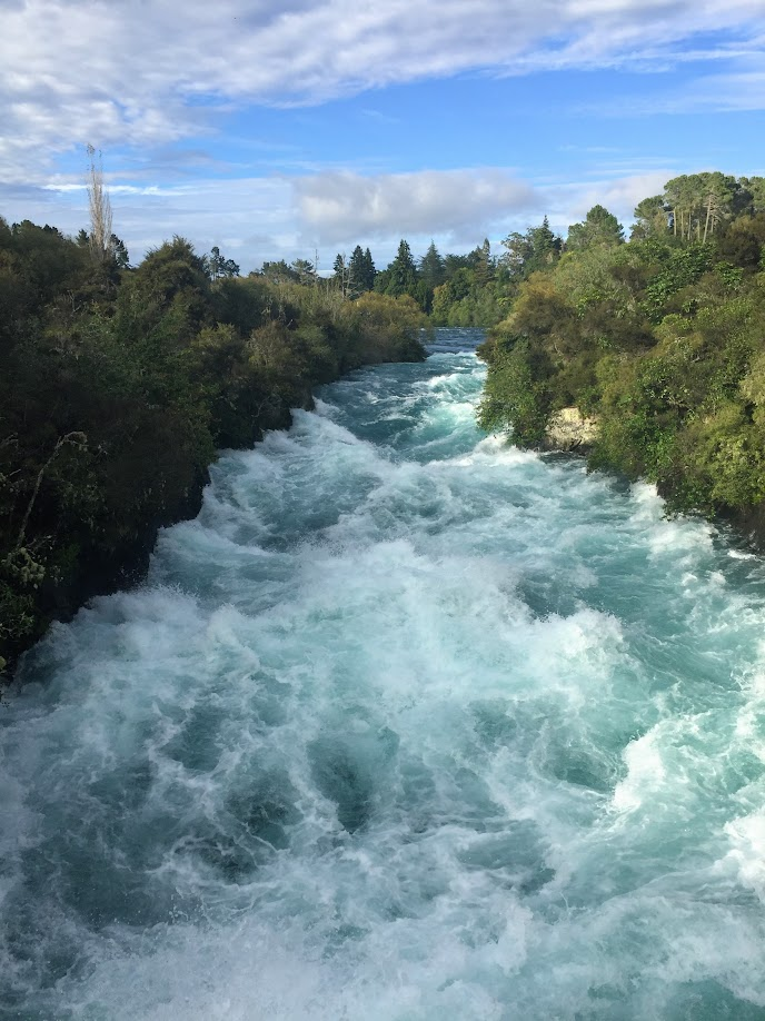 Huka Falls - wanderlust bee