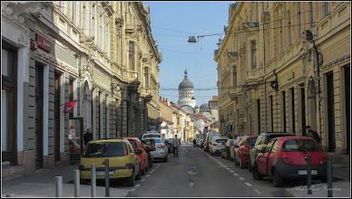 """Photo: Cluj-Napoca - Str. Iuliu Maniu  -   """"Strada în Oglindă""""  - 2017.03.22 Nr.1 si 6 - Clădirile gemene care flanchează intrarea dinspre Piața Unirii sunt construite în stilul haussmannian, conform căruia imobilele trebuie să fie identice de o parte și de alta a străzii. (sursa info:eventya.eu)  Album: http://ana-maria-catalina.blogspot.ro/2012/09/cluj-napoca-str-iuliu-maniu.html"""