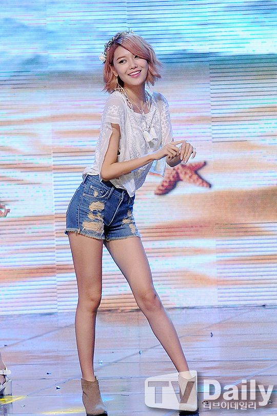 sooyoung legs 1
