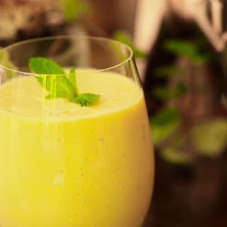 Mango Yogurt Smoothie (Lassi).