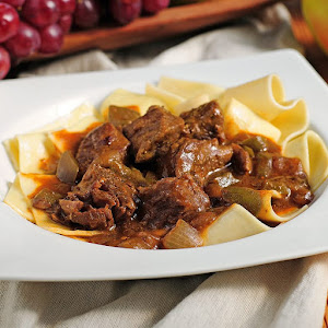 Slow Cookers Beef Paprikash