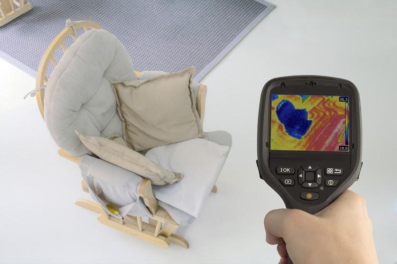 W pomieszczeniach ogrzewanych podłogowo temperatura może być nieco niższa niż w przypadku tradycyjnych grzejników