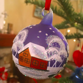 Glob by Dobrin Anca - Public Holidays Christmas ( tree, decoration, green, brittany, garden )