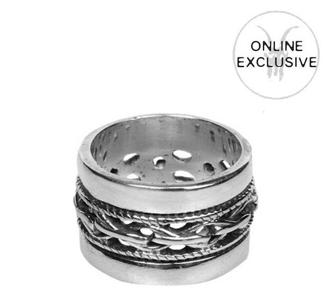 Photo: Egyptian Ring>>  UK> http://bit.ly/MGzMOm US> http://bit.ly/KRjPiX  Sterling silver Egyptian style wedding band.  Comes with a suede leather pouch.  S/M: 16.3mm (Letter L)   M/L: 17.5mm (Letter O)