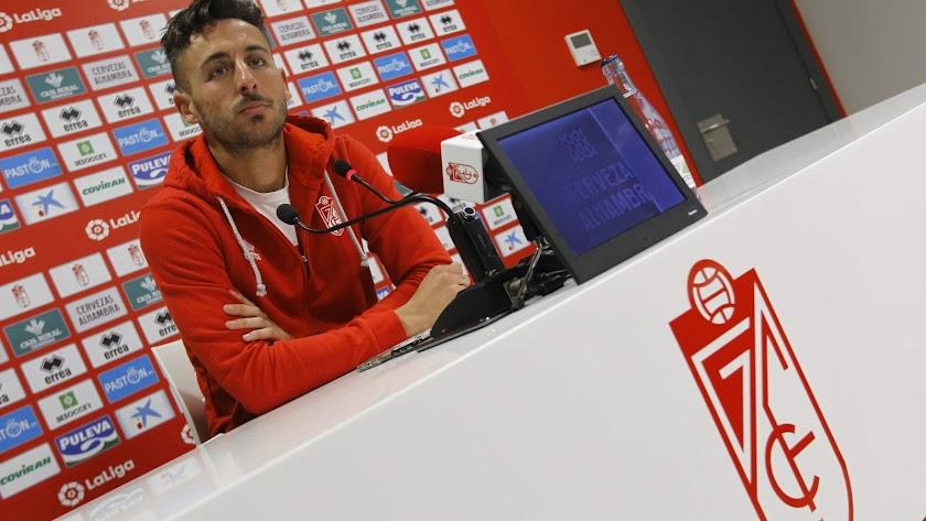 Adri Castellano en rueda de prensa.