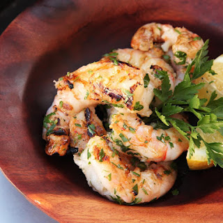 Grilled Shrimp With Garlic and Lemon.