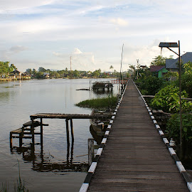 Garatak Sabo by Mulawardi Sutanto - Buildings & Architecture Bridges & Suspended Structures ( sambas, kalimantan, garatak, bridge, travel, sabo )