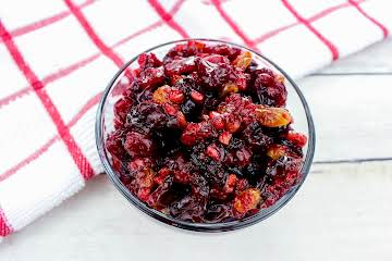 Texas Cranberry Relish With Candied Pecans