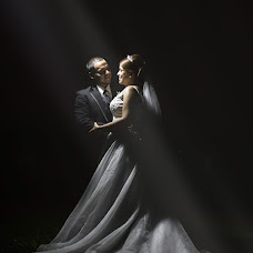 Wedding photographer Miguel Velasco (miguelvelasco). Photo of 21.10.2016