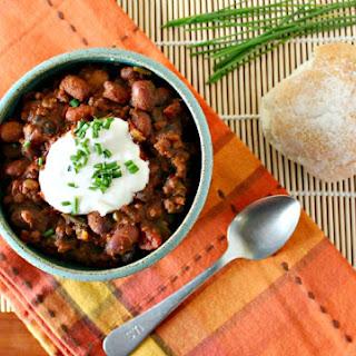 Family Favorite Easy Chili in the Crock Pot.