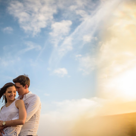 Wedding photographer Enmanuel Barquero (enmanuelbarquer). Photo of 27.04.2015
