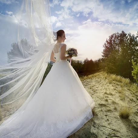 Wedding photographer Tatyana Stupak (TanyaStupak). Photo of 15.11.2017